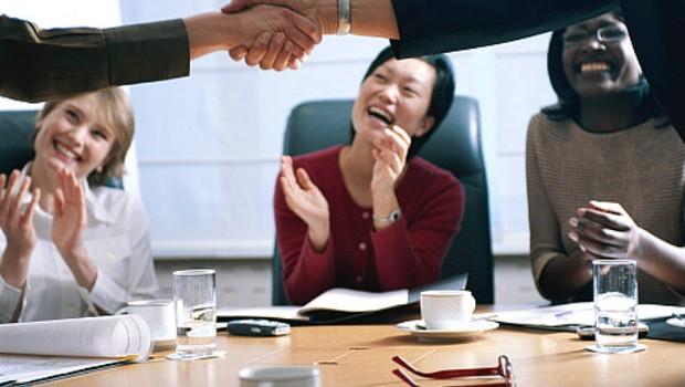 Para se dar bem, empresas precisam engajar funcionários